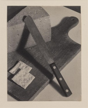 Paul Outerbridge, Still Life (Cheese and Crackers), 1922